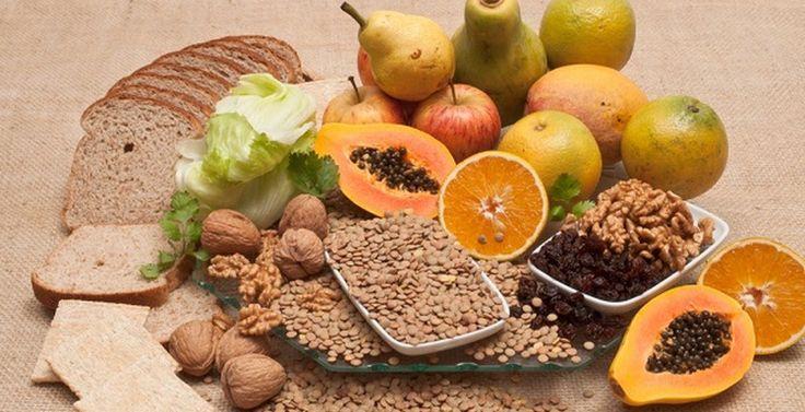 Οι φυτικές ίνες είναι τα μέρη των φυτικών τροφών τα οποία, ο ανθρώπινος οργανισμός, δεν μπορεί να αφομοιώσει ή να απορροφήσ