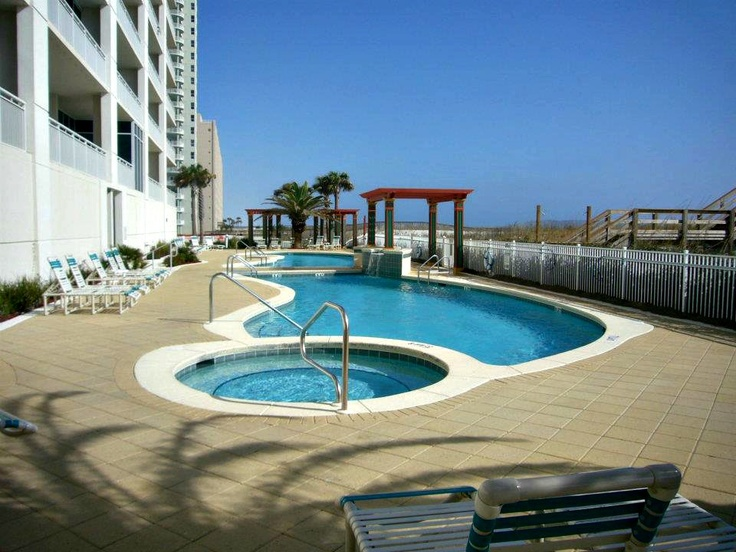 Gulf-side pool at the Pearl of Navarre Beach   Navarre ...