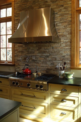Stacked stone backsplash joy studio design gallery for Looking for kitchen