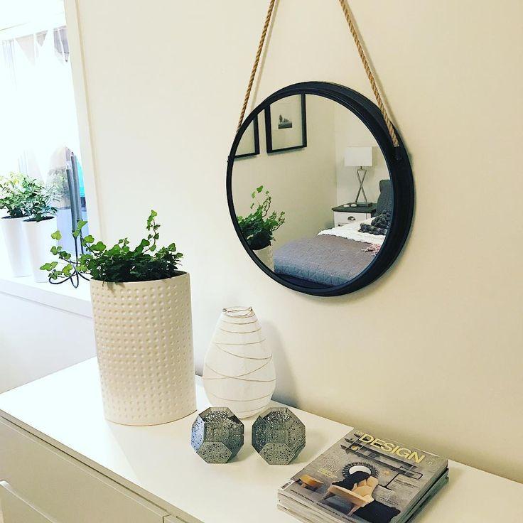 "237 Me gusta, 19 comentarios - Susanne Holm Fagerström (@susshf_myhome) en Instagram: ""God fortsättning !!✨ I dag går dagen i lugnets tecken efter en jätte trevlig nyårsafton ✨ Ha en fin…"""