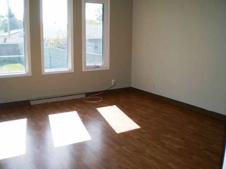 ** spacious 1+2 bedroom, 2 bathroom half duplex coming available September ** features fenced yard ** parking off of alley ** newer paint & flooring throughout ** nicely renovated bathrooms ** only a few blocks to schools ** rent includes water for $1050 monthly; tenant responsible for power & gas utilities ** $1050 security deposit due upon approval of application ** 1 year lease preferred, minimum 6 month considered ** pet considered with owner consent and fee  * To schedule a showing…