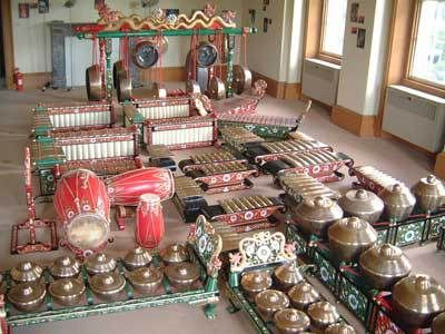 Java Gamelan #music #Indonesianmusic http://livestream.com/livestreamasia