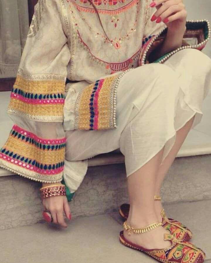 Pin By Haniya Malik On Footwear