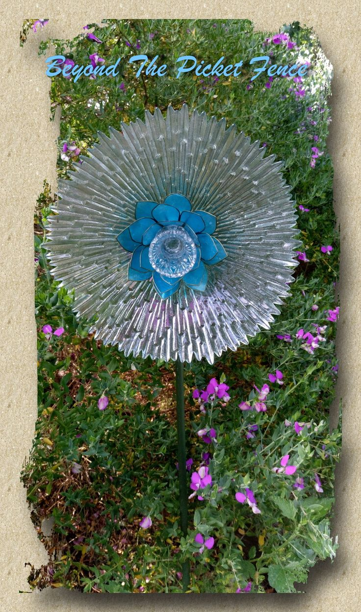 211 best images about my glass garden floral art on pinterest for Recycled glass flowers