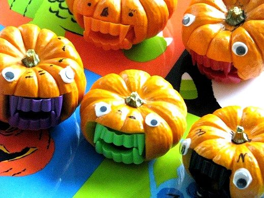 Cutest little Halloween Pumpkins ever!  Aren't they ferocious?!?