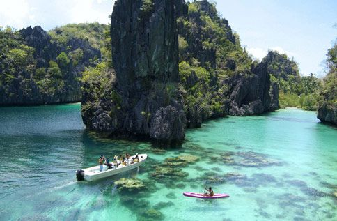 Haven't been here but assume this is in El Nido Palawan. This is in my bucket list of places to see.