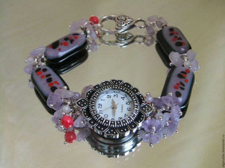"""Купить """"Весеринка"""" часы-браслет, кулон. серьги. Фьюзинг. Натуральные камни. - черный, часы-браслет"""