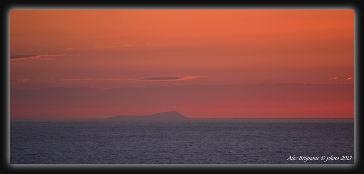 L'Africa vista da Pantelleria