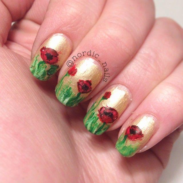 Tried some poppy nails. What do you Think? #nails #nailit #notd #nailart #nailgasm #nailpolish #nailartluck #nailitdaily #nailpromote #nailstagram #poppy #poppyrose #polish #cool #cute #cutepolish #freehand #flowers #nature #girl #girly #gold #staypolished #ilnpfeature #inspiration
