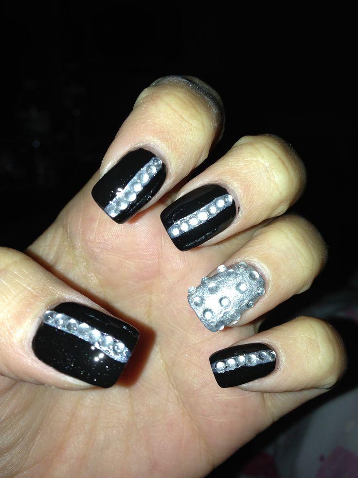 black and silver rhinestone nail