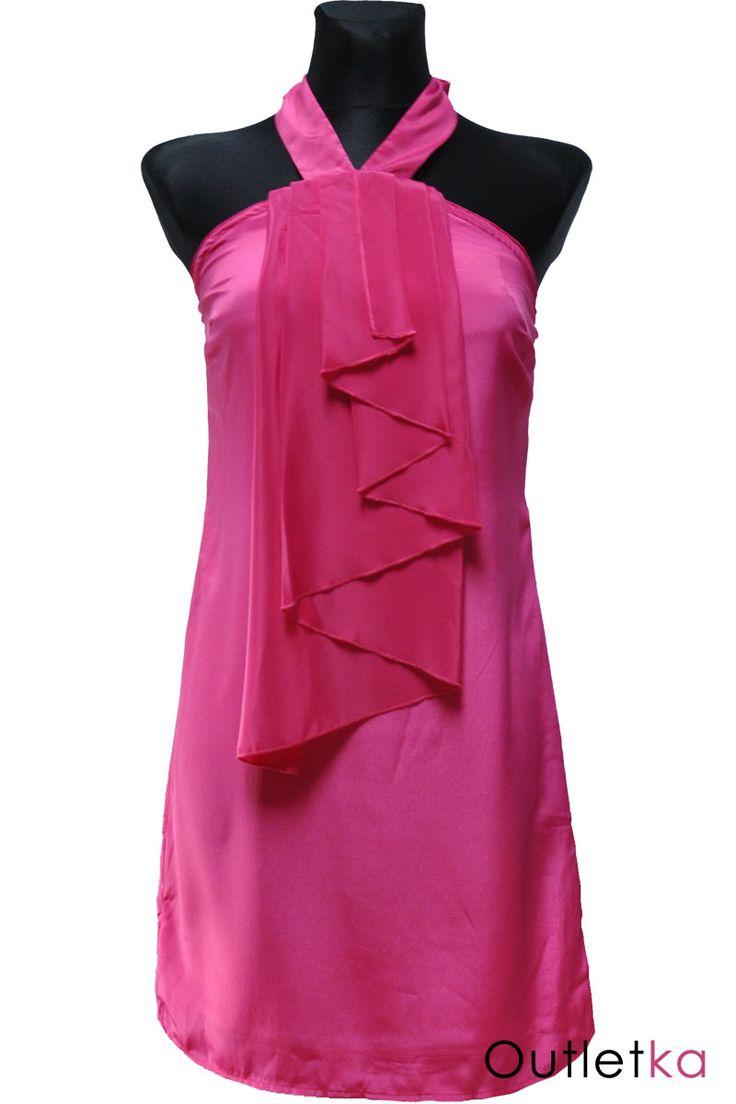 Nowa, sukienka firmy Awear dla Asos, w odcieniu fuksji. Sukienka wiązana na szyi. Materiał lekki, zwiewny, lejący, lekko rozszerzający się ku dołowi sukienki. Z przodu posiada żabot, nadający ciekawy i oryginalny wygląd. U góry posiada gumkę, dzięki czemu dobrze dopasowuje się do sylwetki. Sukienka na podszewce. Z kompletem firmowych metek.