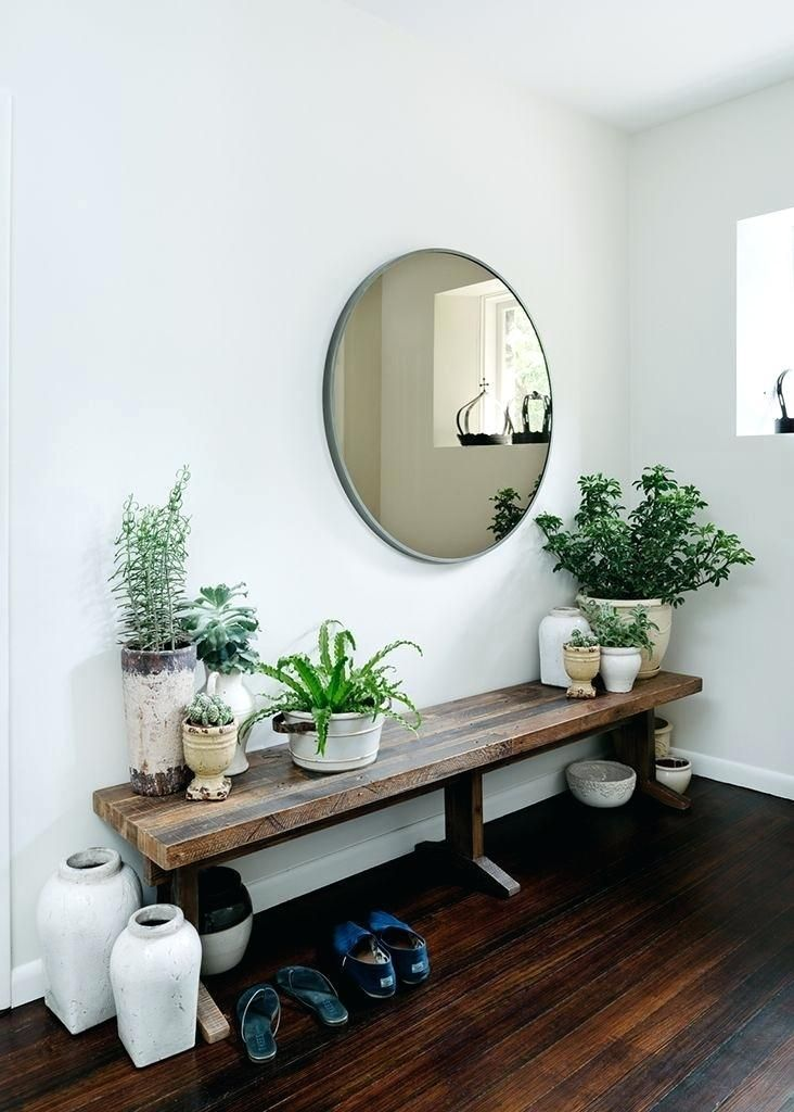 Our Entry Way Already Has This Modern Farmhouse Feel To It And We Wanted To Keep Things Very Simple And Clean Here Farmhouse Entry House Interior Entry Styling