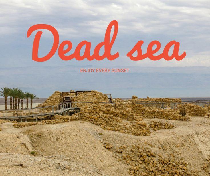 Marea Moartă este unul dintre simbolurile Israelului și principalul său punct de atracție. De fapt, Marea Moartă este cel mai jos punct de pe pămînt și cel mai adînc lac hipersalin, care dintr-o simplă stațiune balneară s-a transformat într-un brand recunoscut internațional. Sarea și mineralele din Marea Moartă sunt folosite pentru a prepara diferite produse cosmetice și anual sute de mii de turiști vin în vacanță în căutare de sănătate și relaxare.