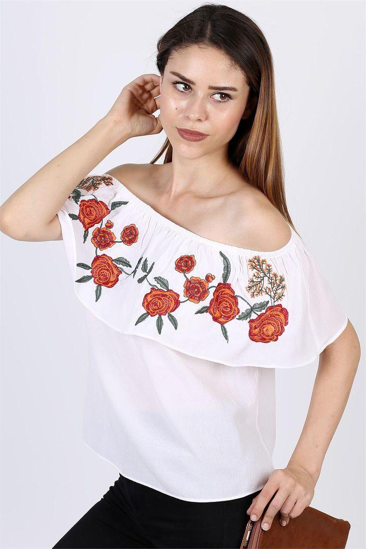 Kalem etek, uzun etek, mini etek, kot etek, midi ve siyah etek modelleri Modamizbir.com'da! Rengarenk ilkbahar yaz havasını taşıyan etek modelleri için Şimdi Tıkla!