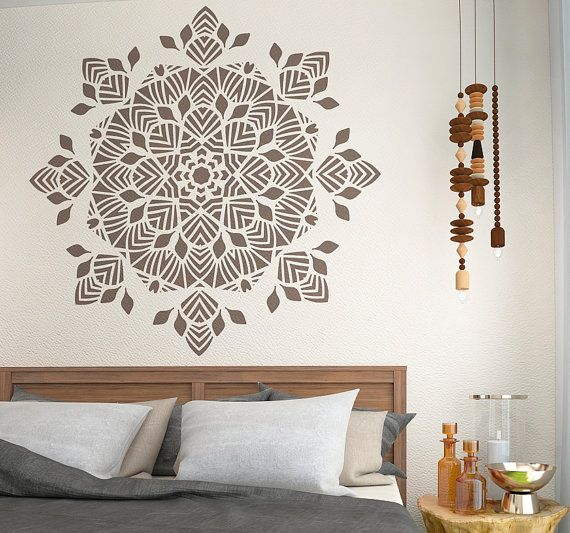 1000 id es sur le th me mandala stencils sur pinterest for Decoration murale mandala
