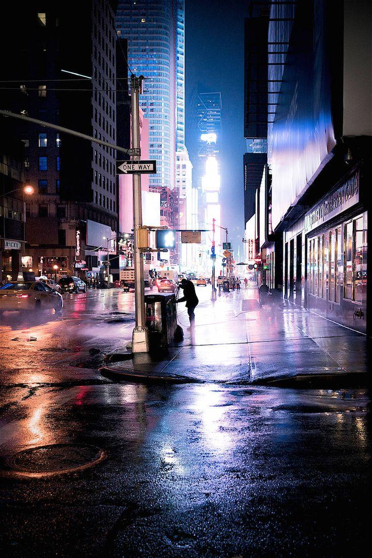 Stunning Night Lights in Times Square – Fubiz Media