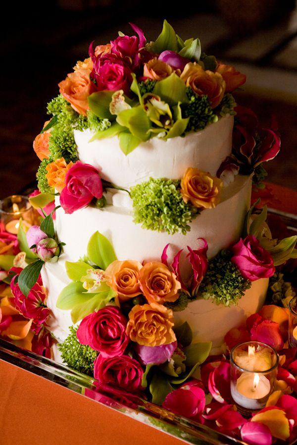 @Kathleen S DeCosmo ♡ #Cake ♡  Flower Garden Cake!