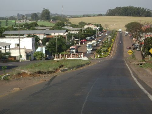 Lindoeste, Paraná, Brasil - pop 5.247 (2014)