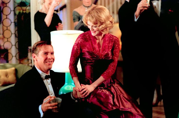 Dennis Quaid, Julianna Moore, 2002 | Essential Gay Themed Films To Watch, Far From Heaven http://gay-themed-films.com/far-from-heaven-film/