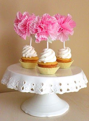 DIY cupcake liner flower cupcake toppers. Great idea for a shower or sweet 16