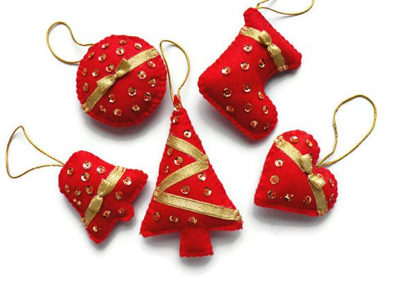 Felt christmas ornaments set of 5 Red and gold by Marywool on Etsy, $20.00