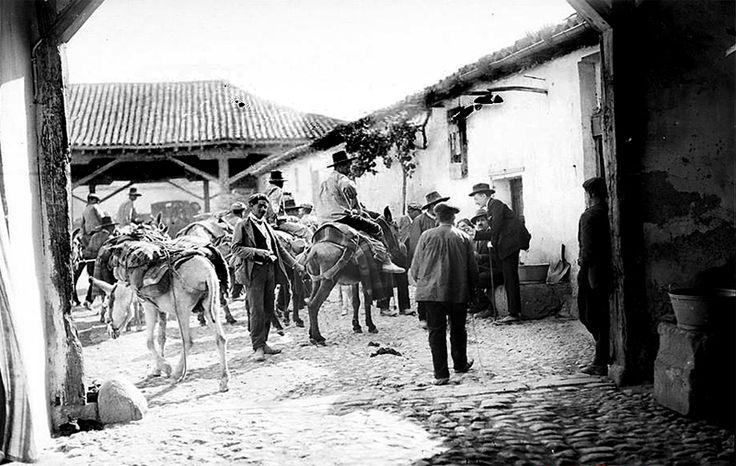 Puerta de toledo alrededor de 1880