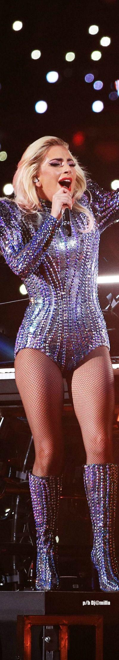 Amazing...Lady Gaga - Super Bowl 2017 - Halftime Performance!
