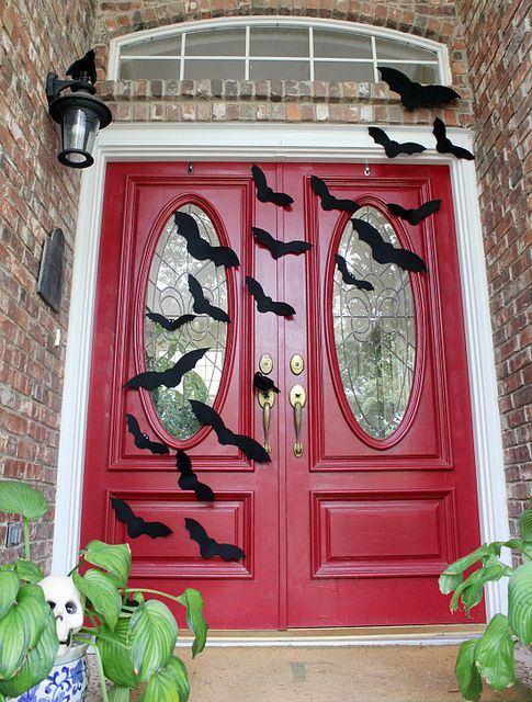 Halloween Porch with bats by hi sugarplum!, via Flickr