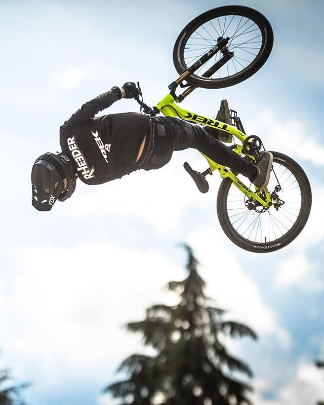15/16 - Crankworx Top 16 of 2016: Every Crankworx slopestyle victory had been his, except this one. The biggest one of all. In 2016, Brett Rheeder changed that, taking the win at #RedBullJoyride at Crankworx Whistler. ⠀ ⠀ Photo: Clint Trahan