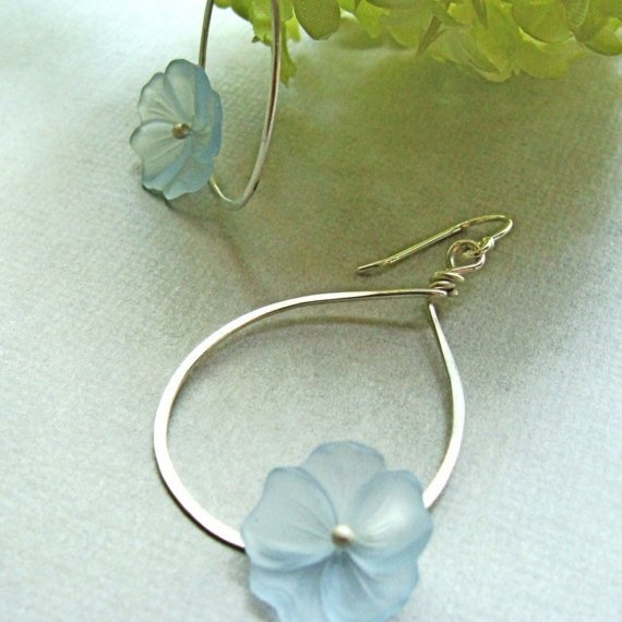 hibiscus earrings with blue
