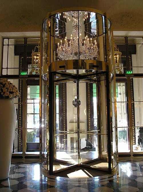 Hôtel Le Meurice - Paris, France http://www.dorchestercollection.com/en/paris/le-meurice