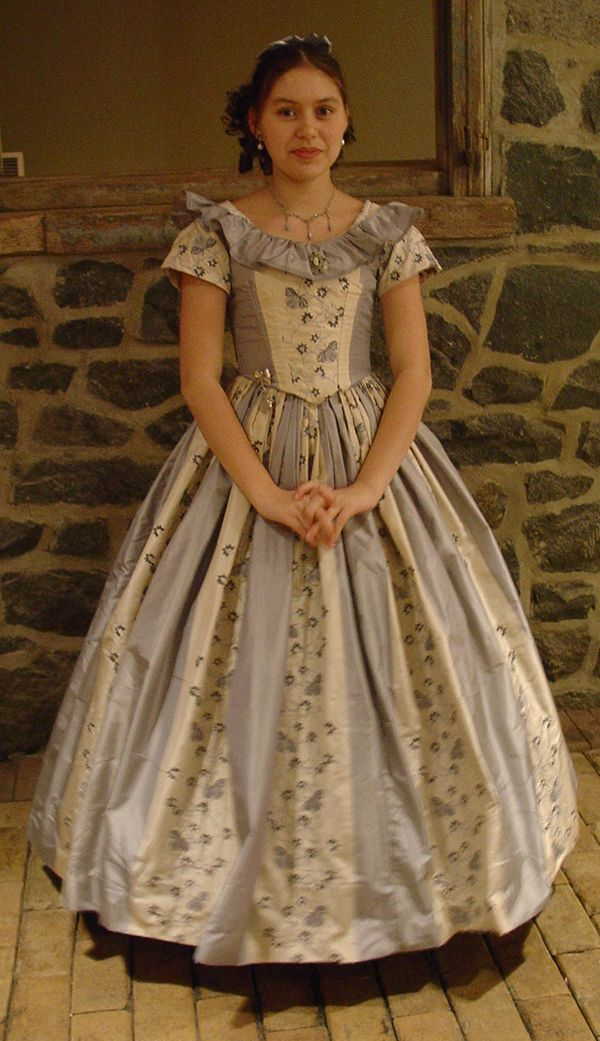 This lovely civil war ball gown brings to life the crinoline era, or early Victorian period. Description from tastefullytimeless.com. I searched for this on bing.com/images