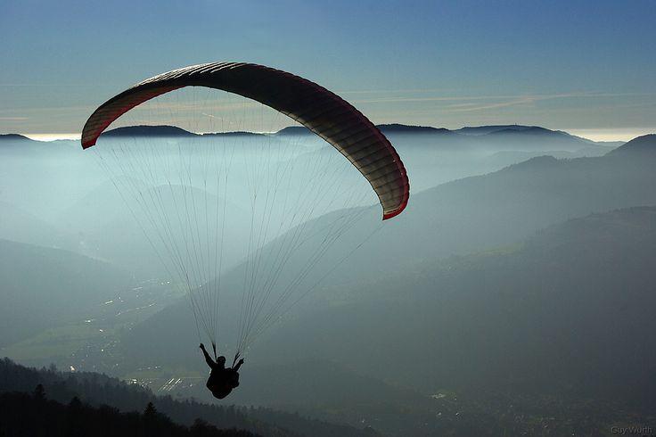 Parapente sur les Vosges - crédit Guy Wurth