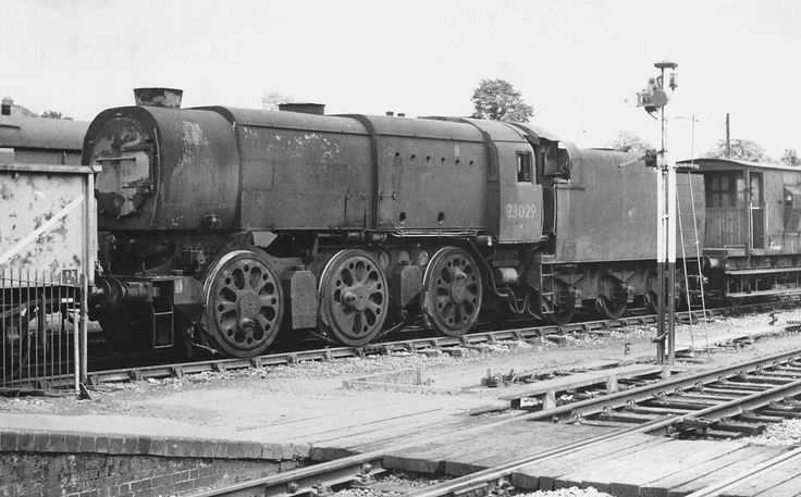 By late 1964 convoys of redundant ex-southern steam locomotives were quite common passing up the Wylye-valley heading for South-Wales for cutting-up. Description from tomcurtisrailgallery.weebly.com. I searched for this on bing.com/images
