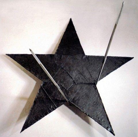 Gilberto Zorio, Stella per purificare le parole, 1985