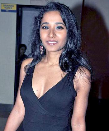 Tannishtha Chatterjee doesn't favor skin show!