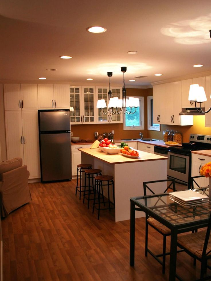 38 best low cost easy home staging tips and upgrades for for Low cost kitchen ideas