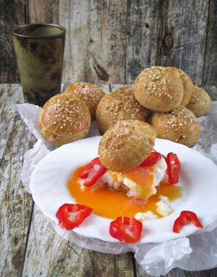 NoCarb mini parti zsömleHozzávalók:15 db100 -110 gNoCarb rost sütőmix(szükség szerint )20 g tojásfehérje por20 g paleo sütőpor