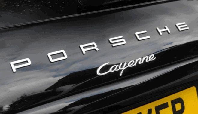 Noul Porsche Cayenne Facelift a fost surprins recent in teste, modelul urmand sa fie lansat abia in 2016, versiunea imbunatatita urmand sa aduca multiple modificari. Noul Porsche Cayenne Facelift a f