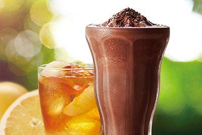 タリーズコーヒーは、夏限定ドリンク「チョコリスタ(SHAKE)」を2016年5月25日(水)よりタリーズコーヒー全店で発売する。新ドリンクは、フローズンタイプのチョコレートドリンク。昨年より全店で発売...