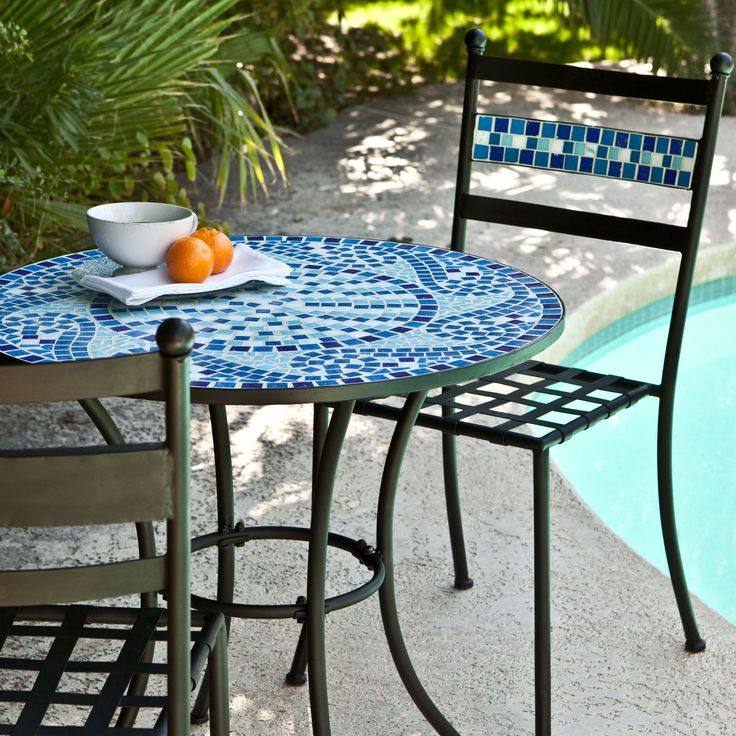 best 25 bistro tables ideas that you will like on pinterest small chairs diy patio tables. Black Bedroom Furniture Sets. Home Design Ideas