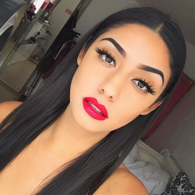 Eyelashes: #houseoflashes 'iconic' Brows: #anastasiabeverlyhills Dipbrow pomade in 'medium brown' Lips: MAC lipstick 'relentlessly red'