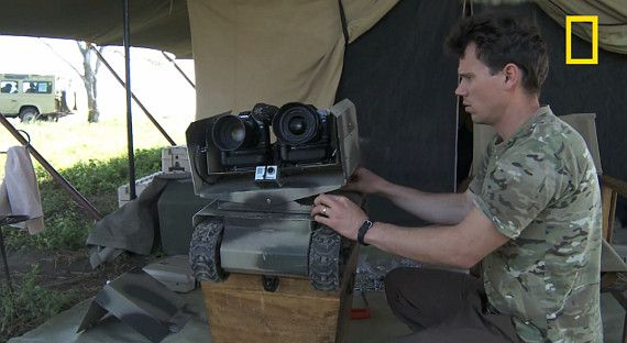 """This camouflage """"tank"""" can hold two DSLRs and a small shotgun mic """"#Wildlife #Photographers Using New Technology to Get Closer to Lions in the Wild"""""""