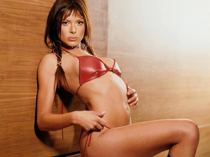 Sexy Bilder Kari Wuhrer