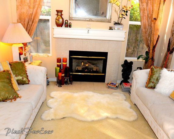 Best 25+ Bear skin rug ideas on Pinterest | Bear rug, Woodland ...