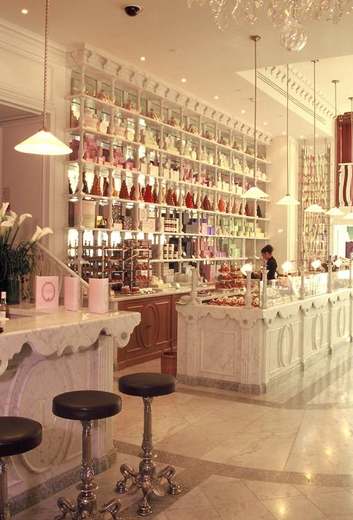 We love lovee this place.. (Ladurée, Ground Floor, Harrods)