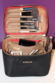 Our Styled Suburban Life: What's In My Makeup Bag