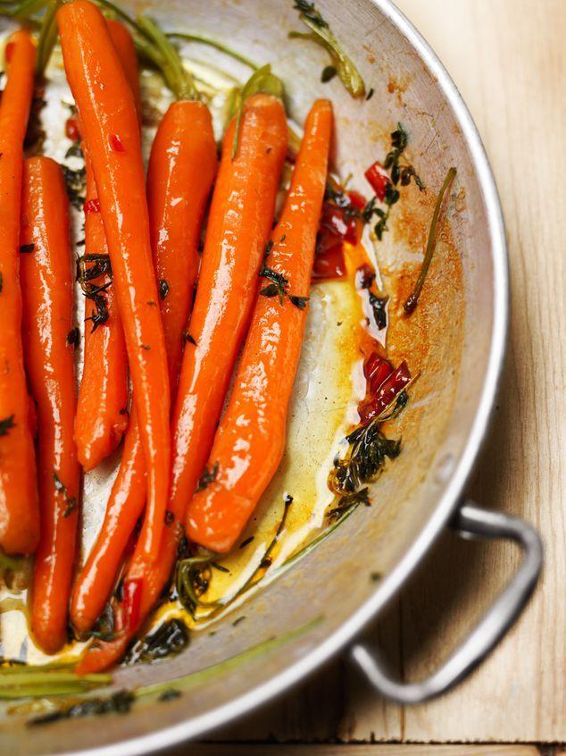 Heerlijk recept met geglaceerde worteltjes met honing. Zie ook de site ZTRDG!