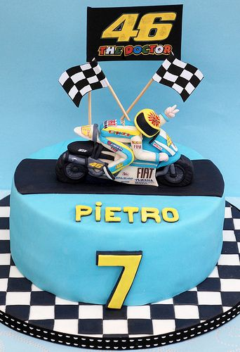 Valentino Rossi cake..For my 21st please?! :D