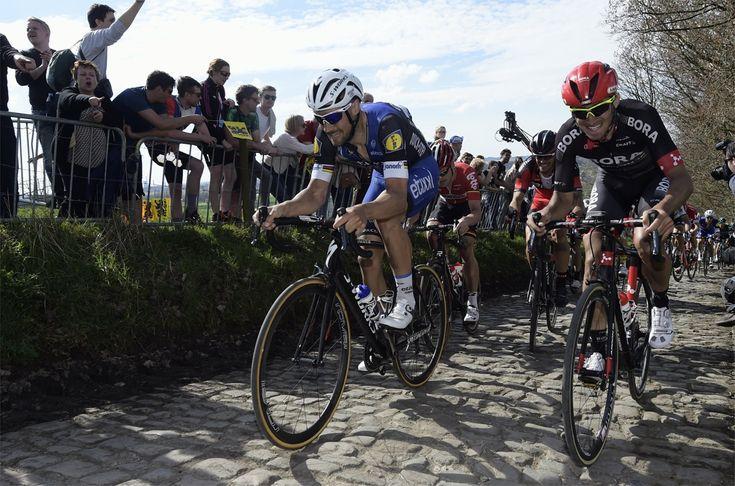 De organisatoren van de Vlaamse wielerklassiekers zullen alle drukke plaatsen beveiligen. Straten worden afgezet met betonblokken of aanhangwagens, zodat t...